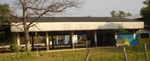 อาคารเอนกประสงค์ สปช. 201 ใช้ในการประชุม และรับประทานอาหารของนักเรียน เพราะโรงเรียนยังขาดแคลนโรงอาหาร
